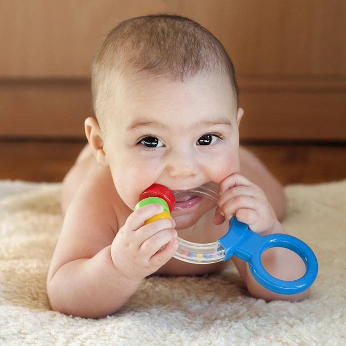 Teething_Baby__Pavla_Zakova_-_Fotolia-com_large